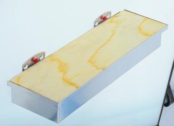 Werkzeugaufnahmebox mit Holzplatte