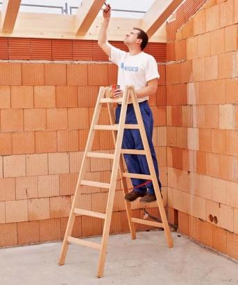 Holz-Stehleiter, beidseitig begehbar